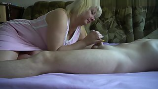 Sexy Natural Tits Bubble Butt Amateur Milf Fucked